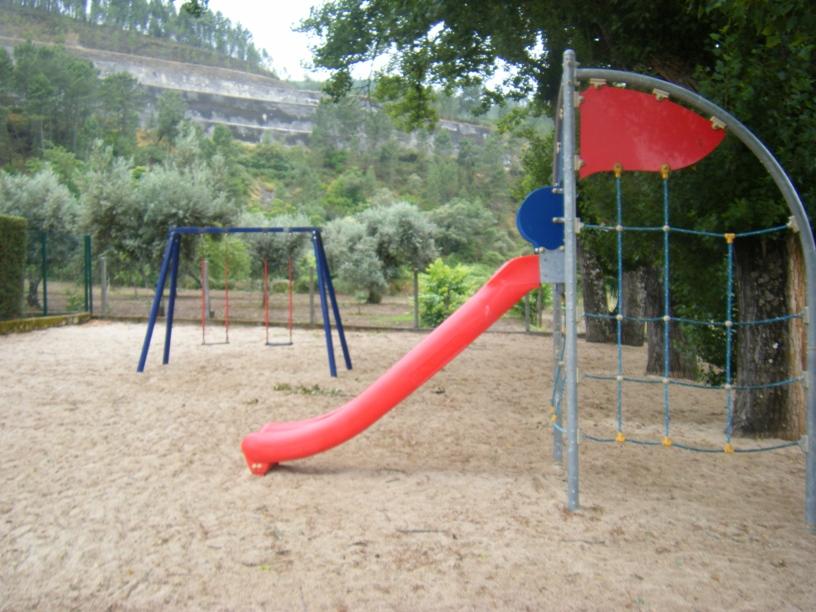 Parque Infantil de Aldeia Ruiva