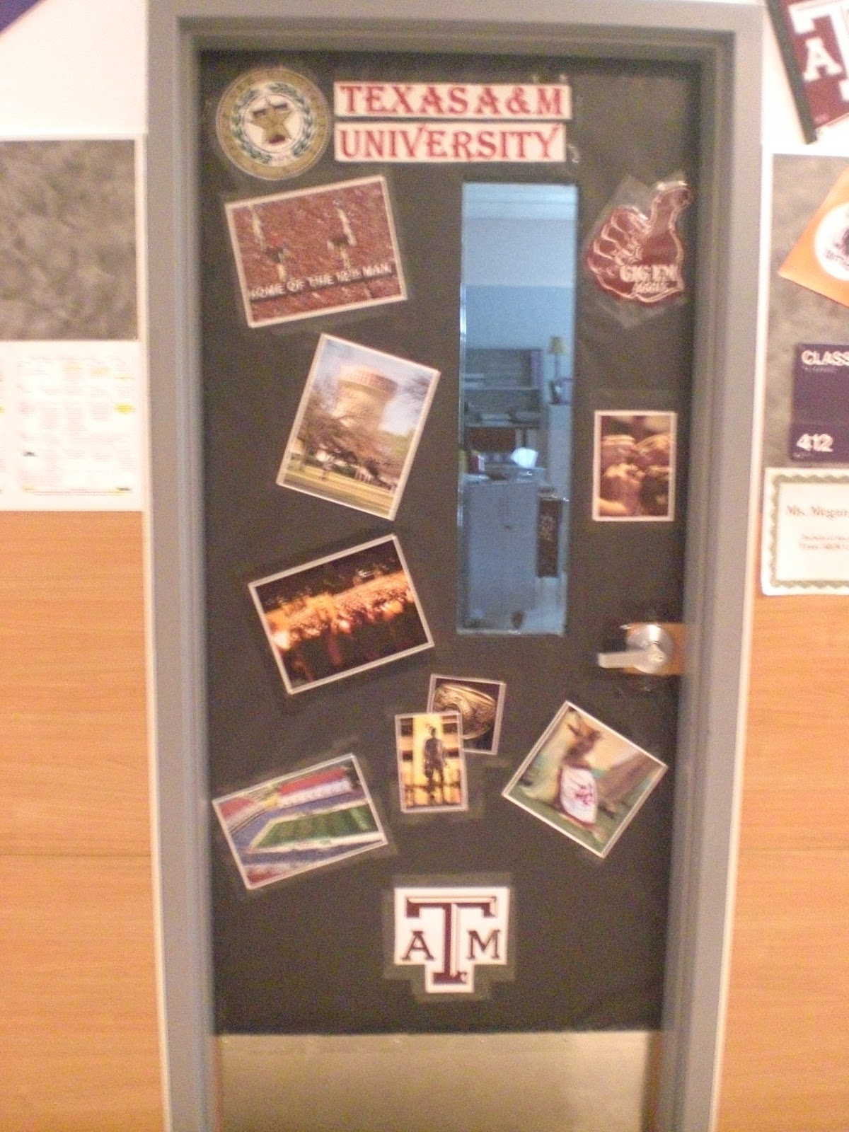 Hodges Herald Door Contest