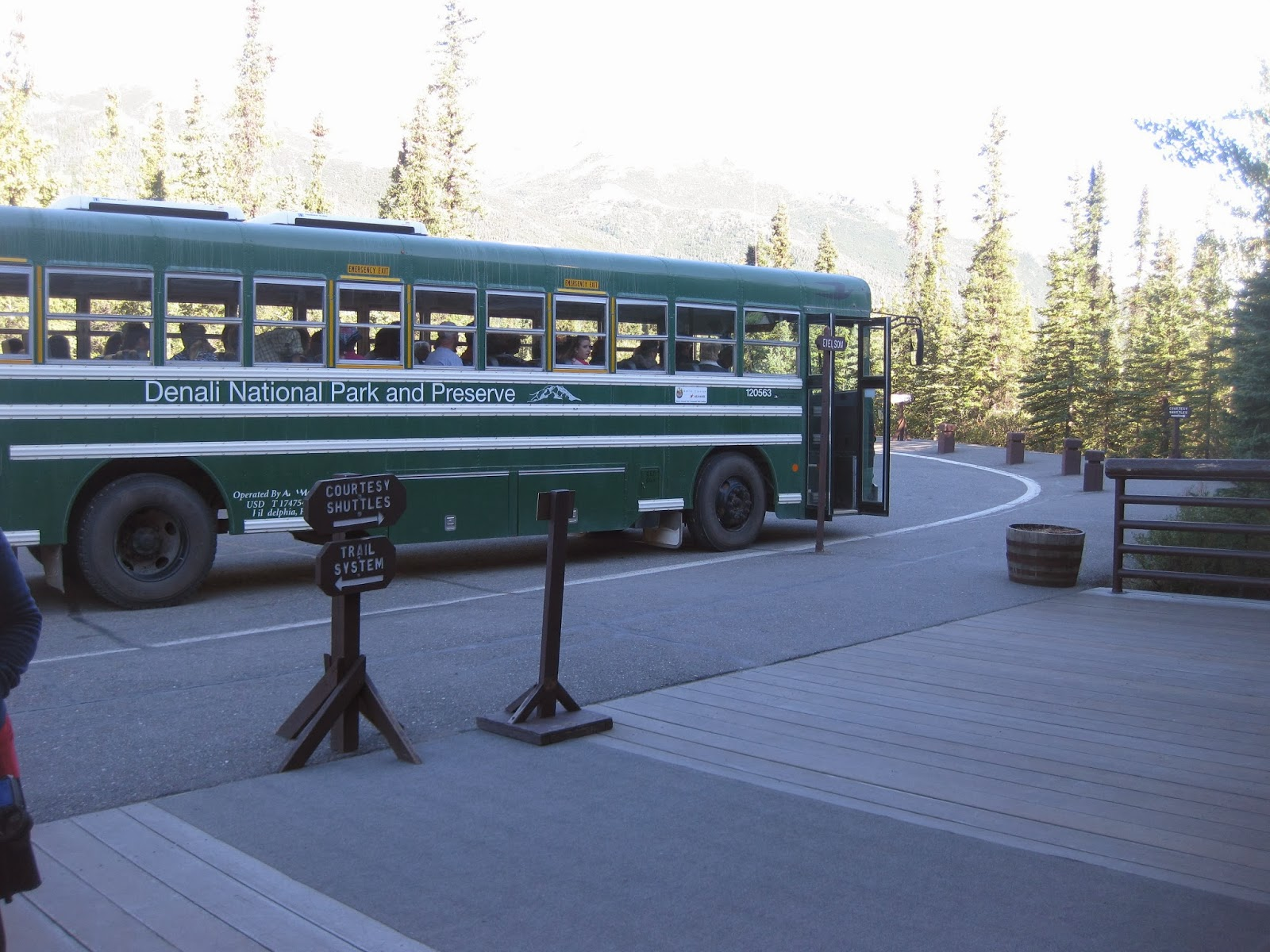 Denali Park shuttle bus
