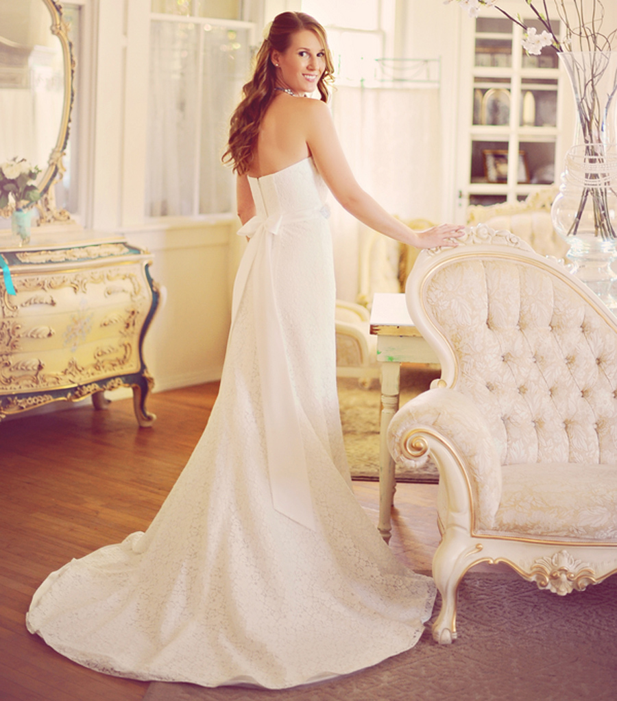 vintage decor, Green Gables Estate Wedding, David's Bridal gown