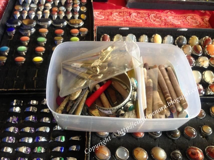 batu cincin dijual di bazar wakaf rakyat