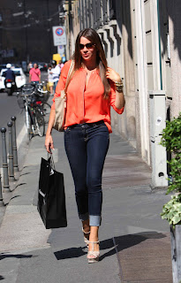 Sofia Vergara walking on the streets of Milan wearing tight jeans