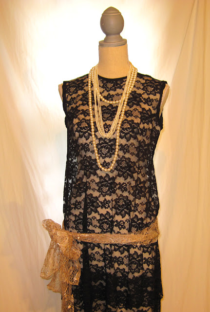 Black lace floral pattern Gatsby style women's sleeveless dress