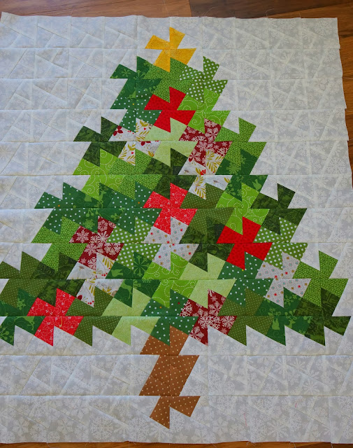 Twister Quilt Pattern Directions : Lo, Ray, & Me: Twisted Tree