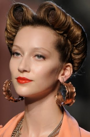 2012 Updo Hair Trends Pictures
