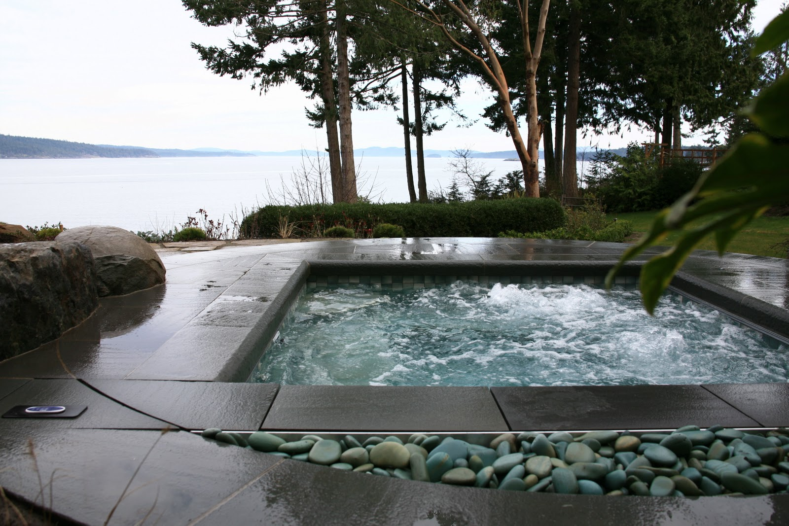 Lands end custom hot tub jonathan craggs landscape design for Hot tub landscape design