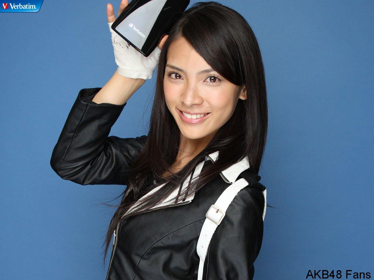 Sayaka Akimoto for Verbatim