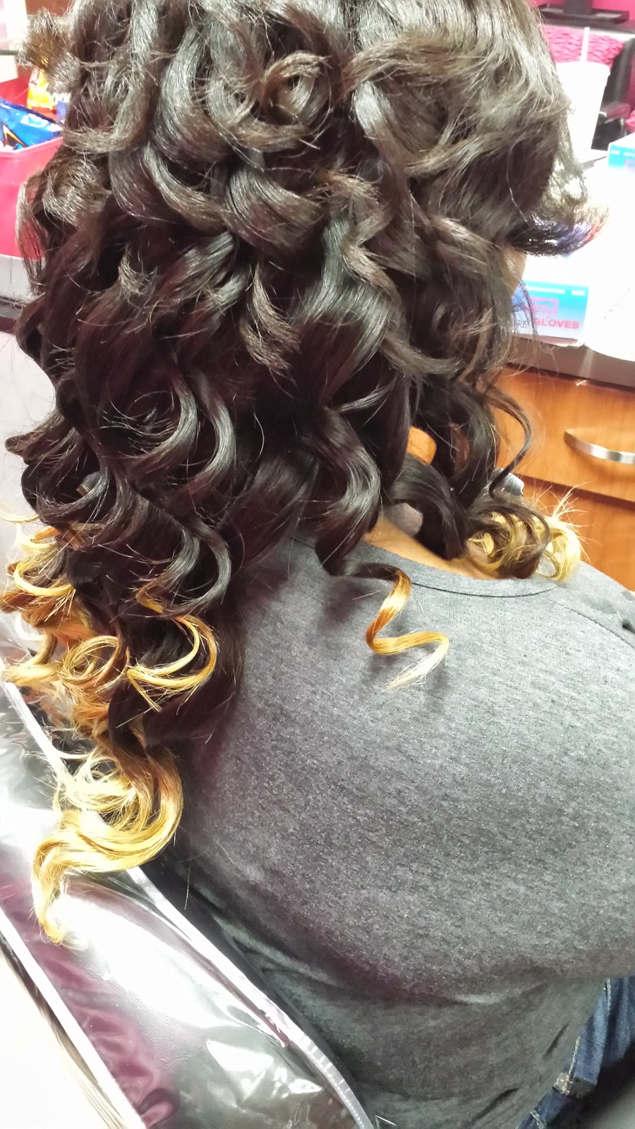 How to wand curl your hair latoya jones how to wand curl your hair urmus Gallery