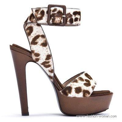 obuv barbara bui vesna leto 2011 01 Жіноче взуття від Barbara Bui