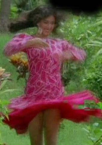 Madhuri Dixit rarest upskirt photos collection. Gorgeous Actress