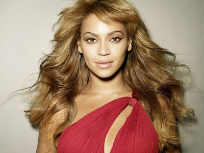 Beyonce Knowles Red Dress Wallpaper