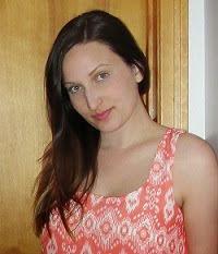 Hi I'm Laura!