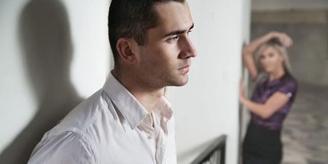 Inilah Alasan Mengapa Pria Menyembunyikan Perasaannya [ www.BlogApaAja.com ]