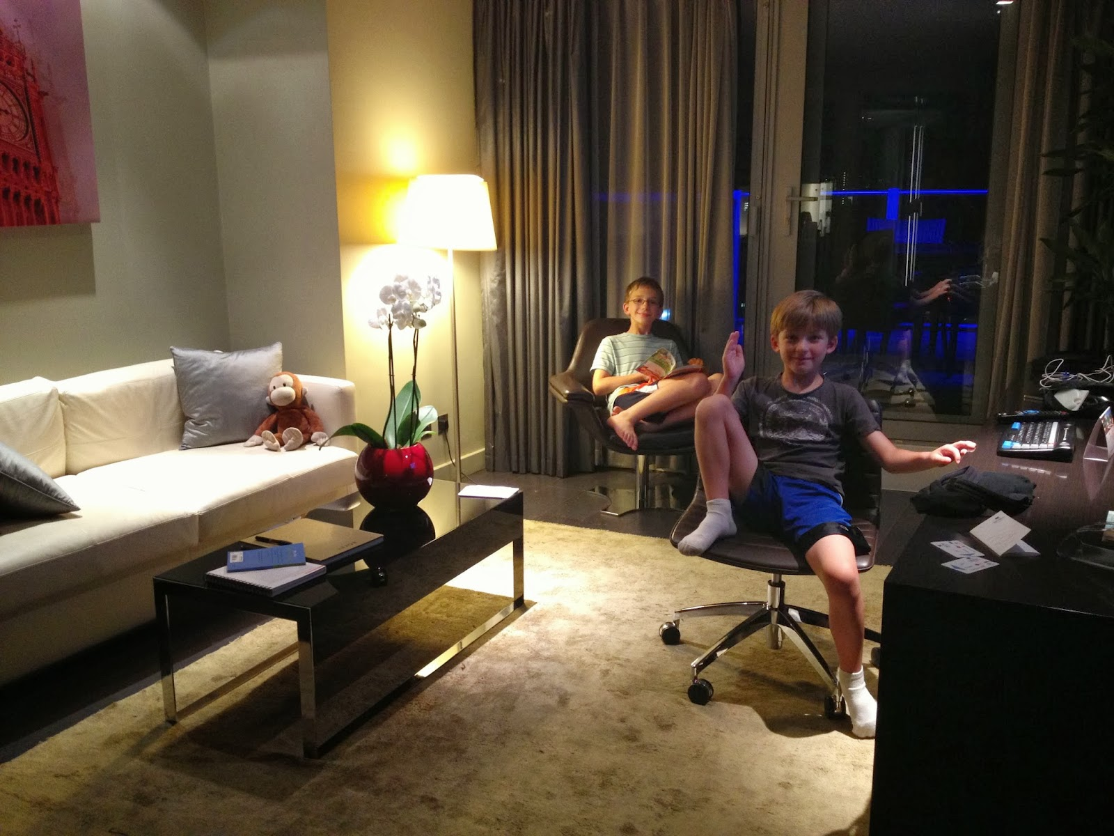 Cocktails gelato london hotel review park plaza - London hotel suites with 2 bedrooms ...