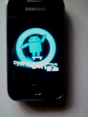 Cyanogen CM7 cho Galaxy Y