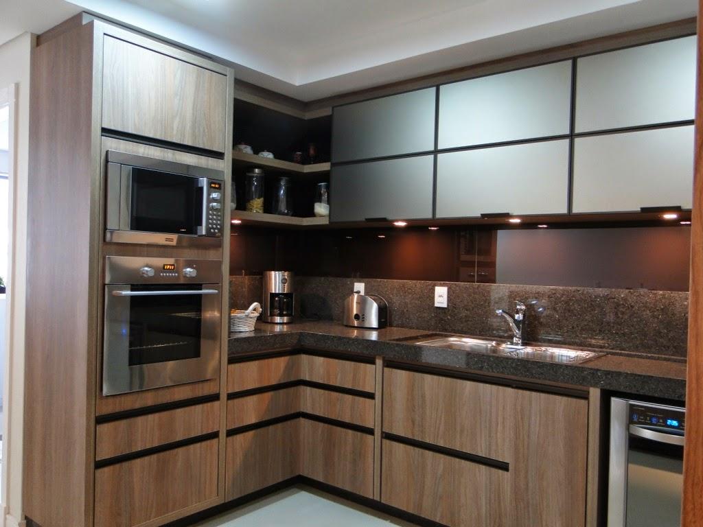 Apê 114: Cozinha em tons marrons LINDA!!! #6A4934 1024x768 Armario Banheiro Casas Bahia