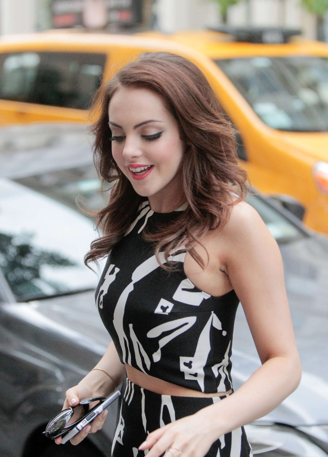 Indian girls villa elizabeth gillies huffpost live for Where do models live in nyc