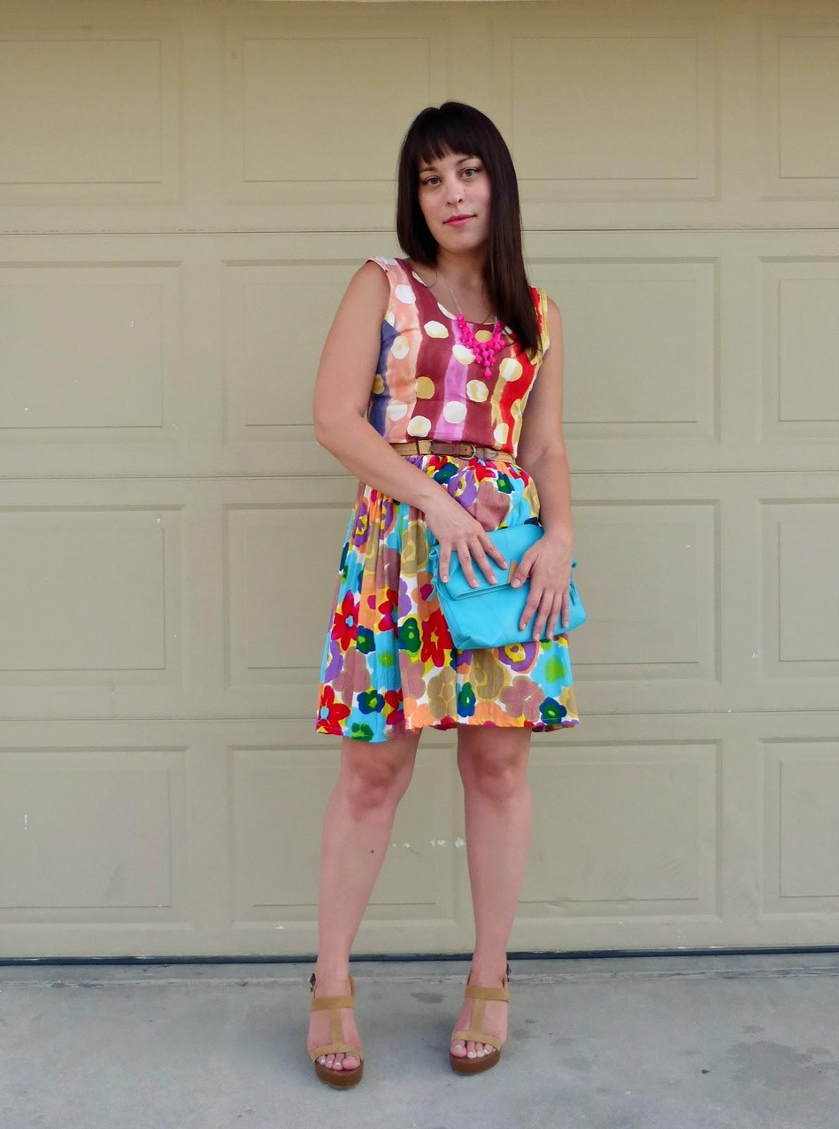 Vintage Hawaiian dress pattern mixing