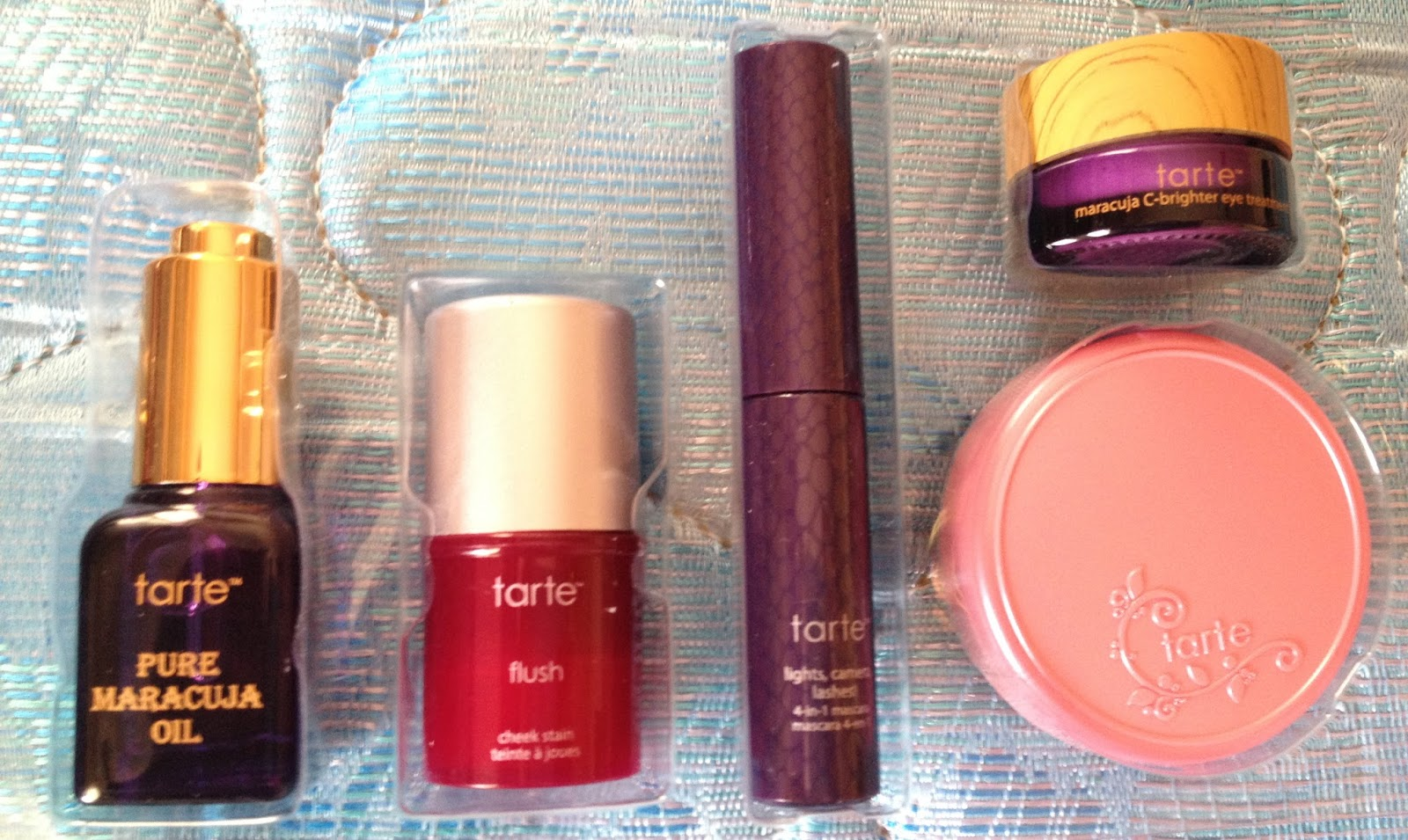 Shesparkles Swatch Amp Review The Tarte Of Giving