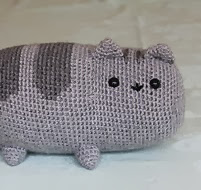 http://www.ravelry.com/patterns/library/pusheen-the-cat