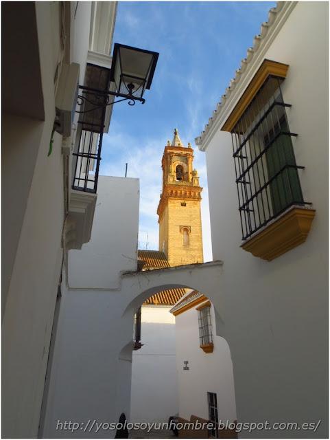 Iglesia y arquillo de San Felipe