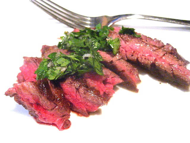 Stacey Snacks: Steak Bites w/ Chimichurri Sauce & a Grill Pan