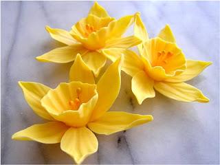 sugarpaste daffodil