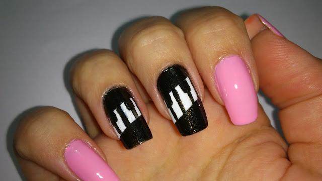 """Tutorial: Unha Artística Piano """"Nail Art Piano"""""""