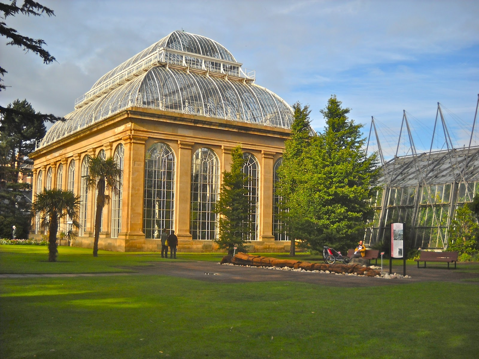 The Palm House At Royal Botanic Garden Edinburgh