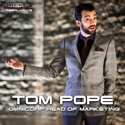 Tom Pope (Jay Baruchel)