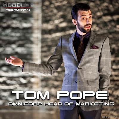 Tom Pope (Jay Baruchel)