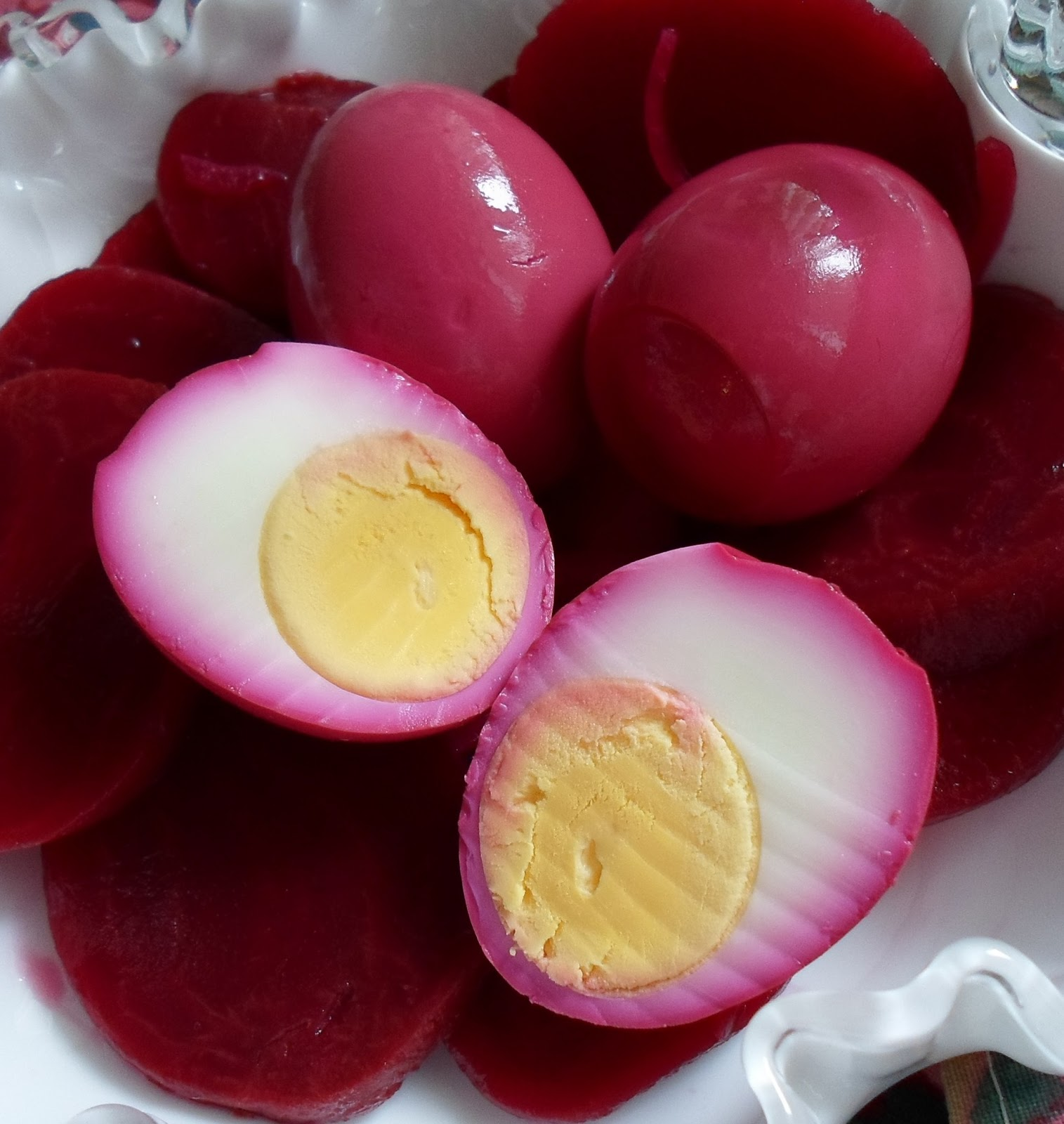 Happier Than A Pig In Mud: Amish Pickled Red Beet Eggs