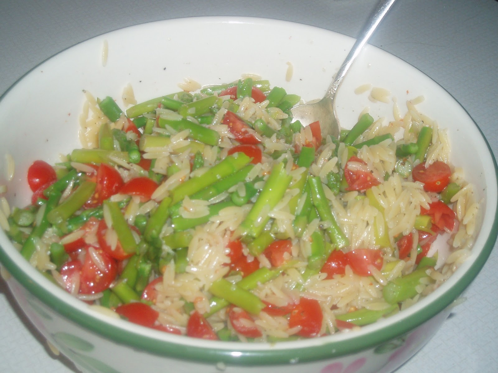 Pastimes Quilt Design: Lemon Orzo Salad with Asparagus and Tomatoes