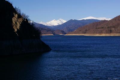 Lacul de acumulare Vidraru Lake Vidraru Lago Vidraru λίμνη Vidraru tó