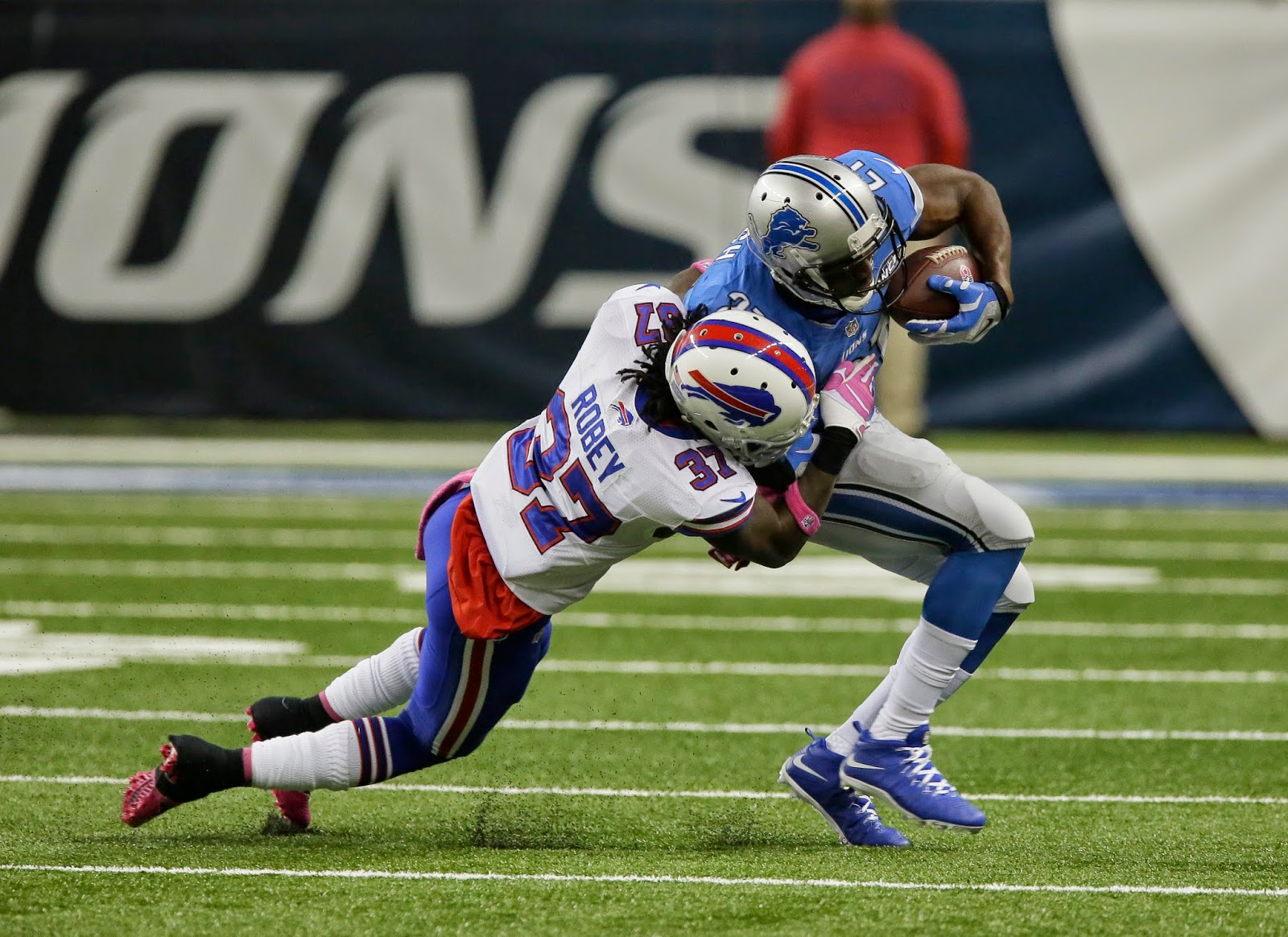 Detroit Lions — Reggie Bush back at work, still no Calvin Johnson