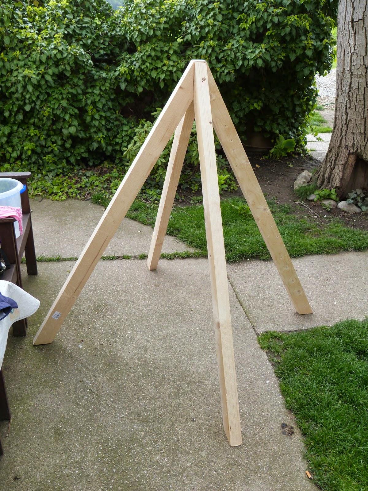 unser bautagebuch pflanz pyramide. Black Bedroom Furniture Sets. Home Design Ideas
