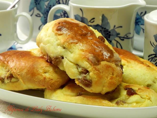hiperica_lady_boheme_blog_di_cucina_ricette_gustose_facili_veloci_ricetta_brioches_dolci_3