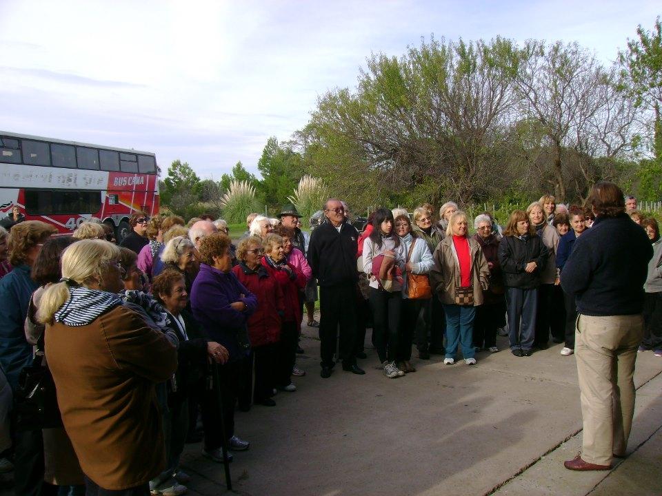 108 adultos mayores de bah a blanca recorrieron la zona for Viveros zona norte