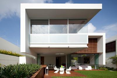rumah melayang 1