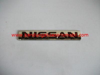 Emblem Tulisan Nissan Dasar Hitam