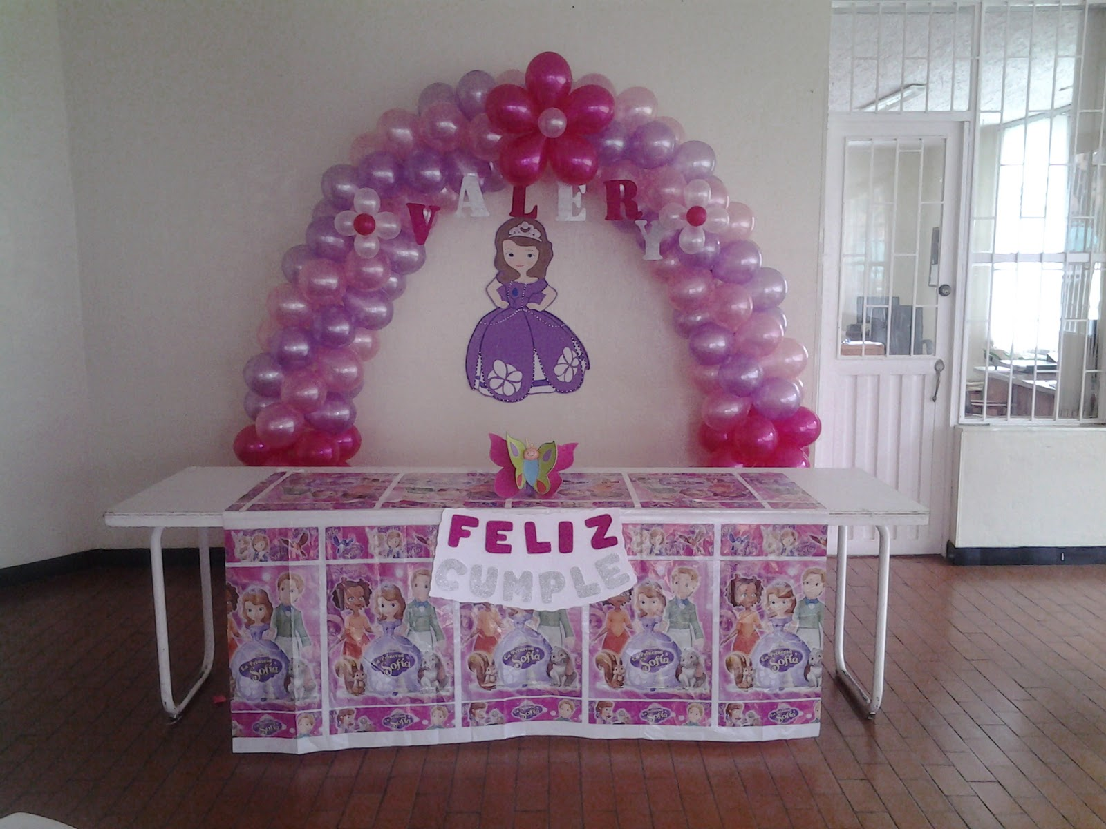 Empapel arte y decoraciones decoraci n cumplea os for Decoracion cumpleanos princesas