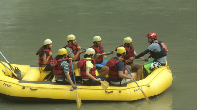 rafting with Guide