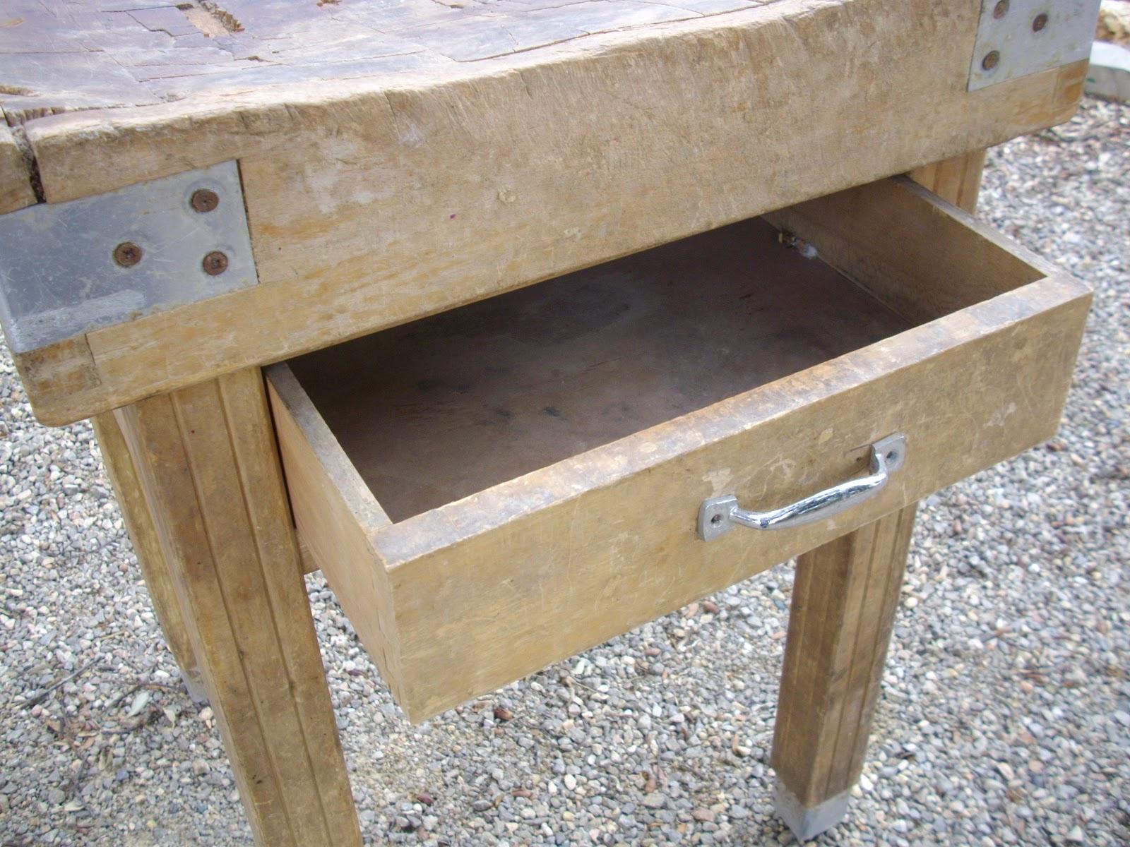 Ancien plot billot de boucher table a d couper meuble de - Table a decouper ...