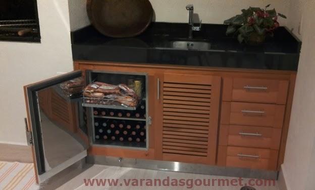 Balcão refrigerado de 1 porta + espaço do compressor e gaveteiro