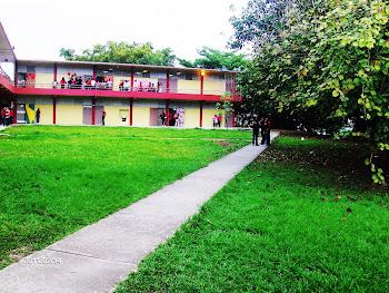Escuela República de México