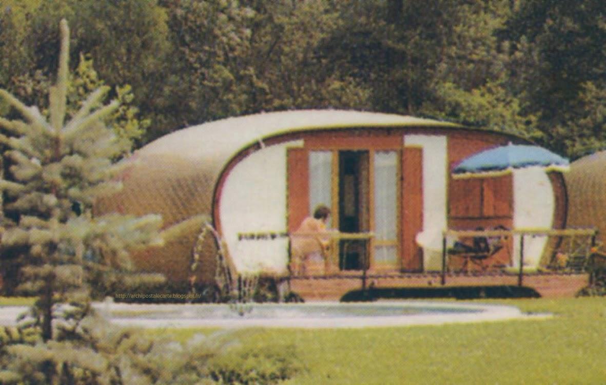 architectures de cartes postales 2 c 39 est le bon coin pour un bungalow. Black Bedroom Furniture Sets. Home Design Ideas