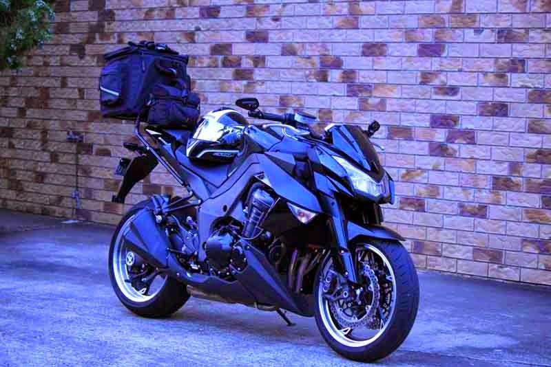 Kawasaki Z1000 Modification Black