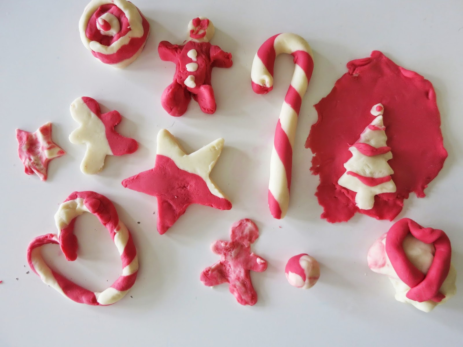 Candy Cane Playdough Invitation to Play