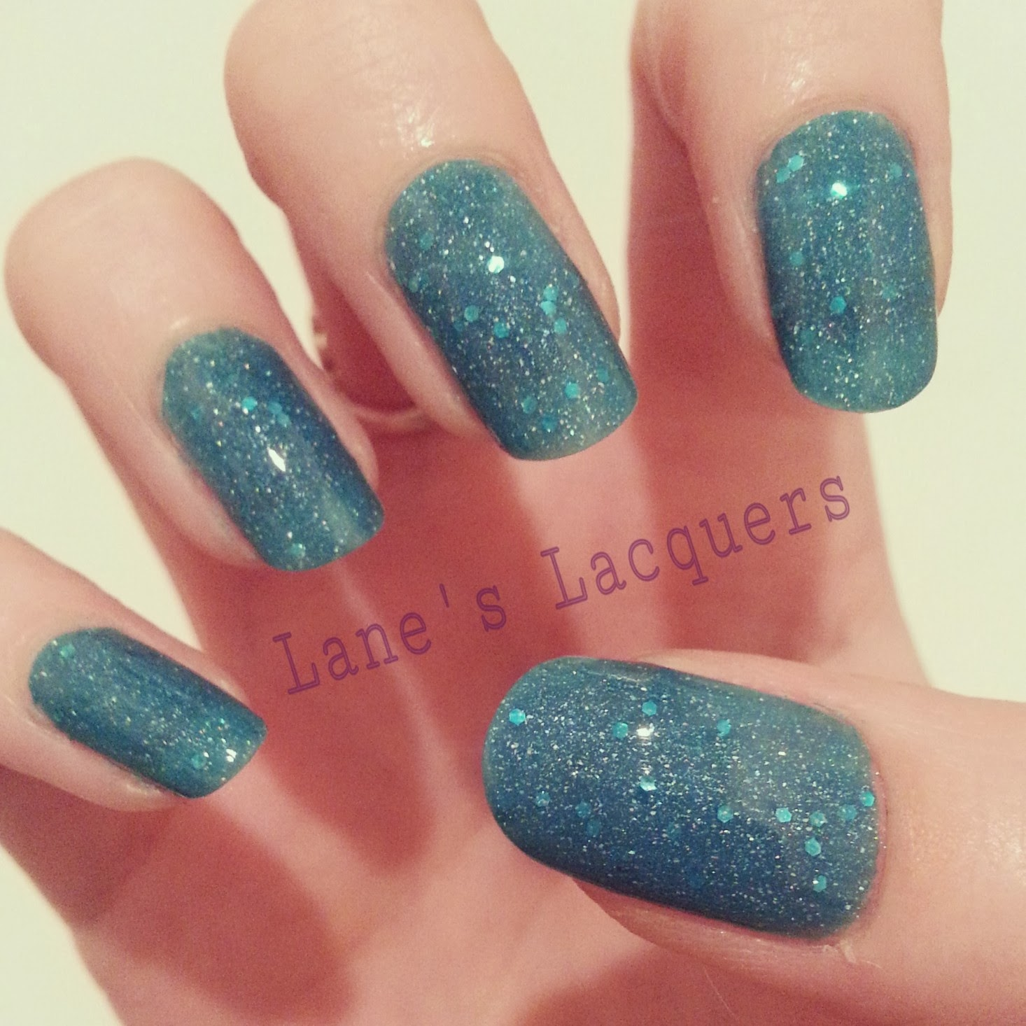 picture-polish-lagoon-swatch-manicure