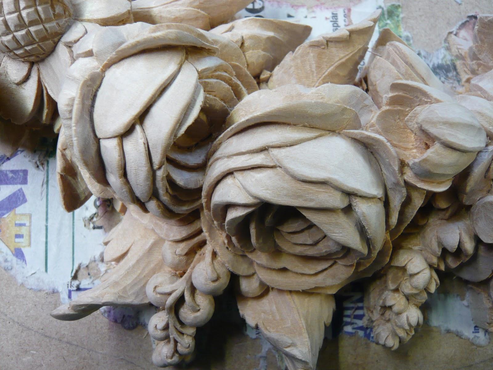 Ornamental woodcarver patrick damiaens grinling gibbons